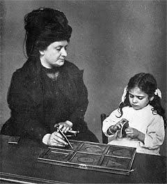 Sul metodo Montessori, le mie paranoie e un giveaway (non qui però!).